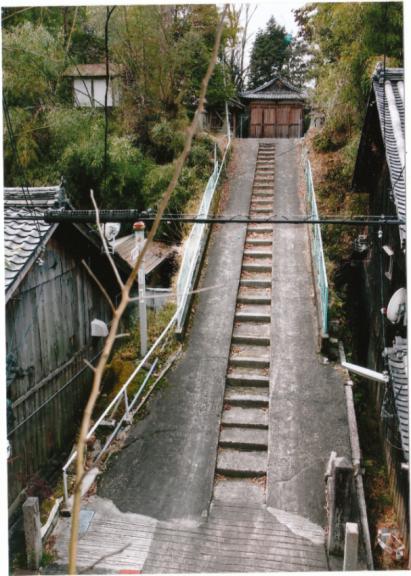 西御旅所への石段